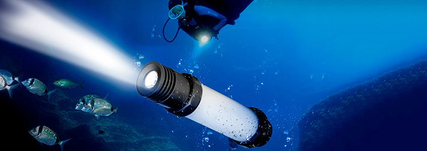 led dive light